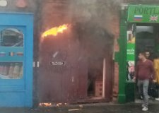 Fire breaks out next to Lincoln shops