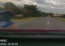 Range Rover driver jumps out in front of car after overtaking