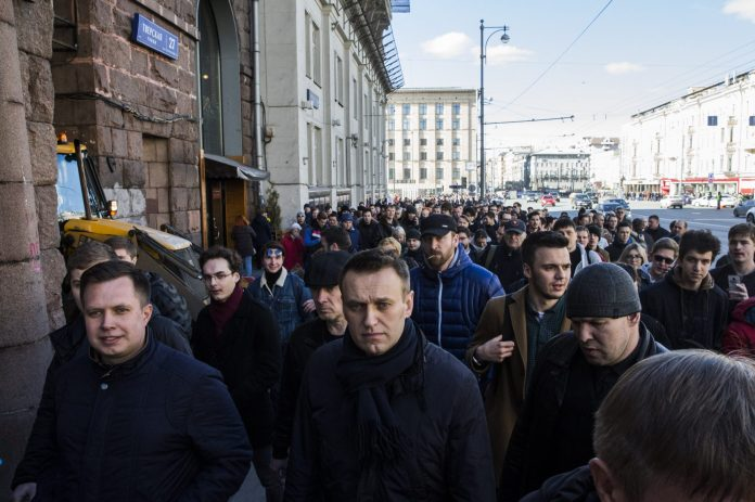 How Alexei Navalny revolutionized opposition politics in Russia, before his apparent poisoning