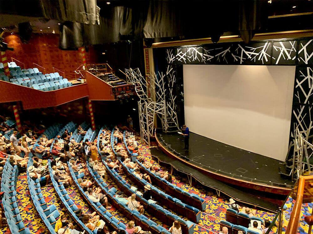 Norwegian Jade Theatre