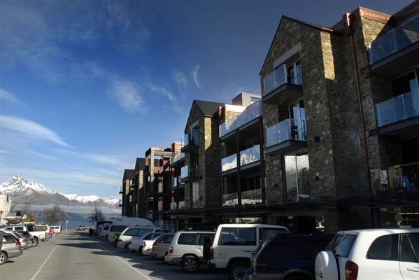 Nomads Hostel Queenstown Review