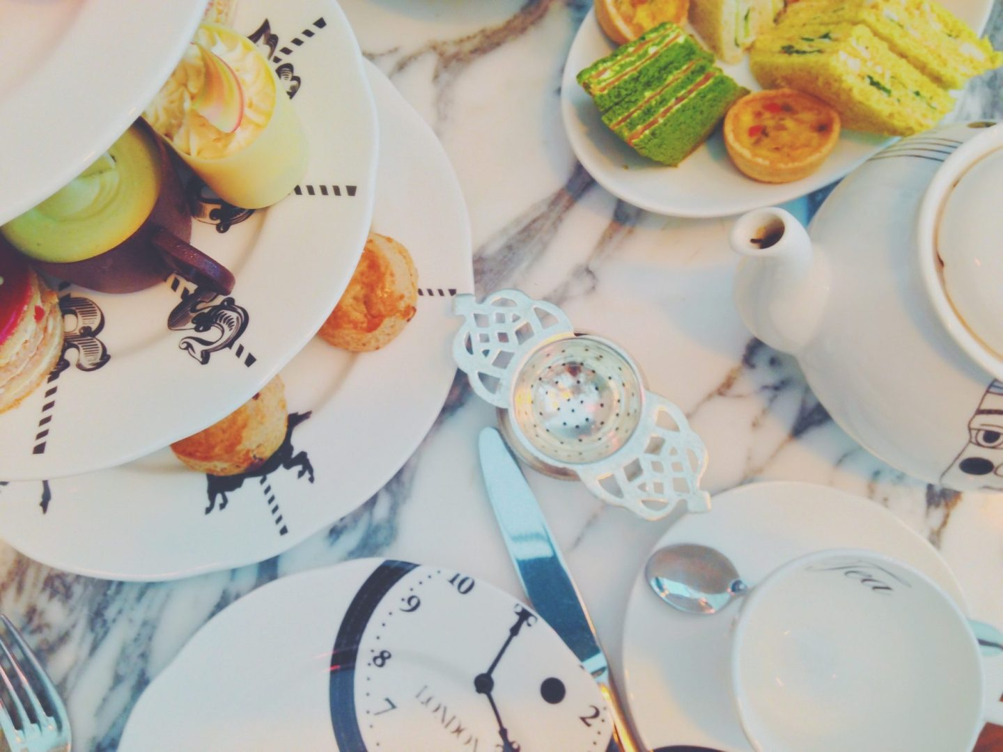 Eating in London: Mad Hatter's Afternoon Tea