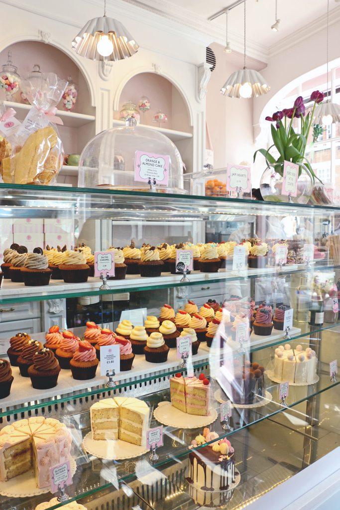 Eating in London: Gluten Free - Peggy Porschen Cakes