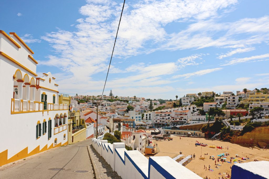 little guide to algarve
