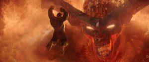 The Hulk faces off Surtur in Thor Ragnarok.