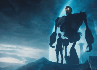 Anybody remembers Iron Giant? See him in action in Ready Player One!