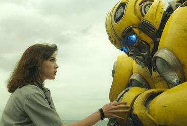Bumblebee Movie is full of emotions and that makes it the best movie in the Transfomers franchise. | The Little Binger | Credit: United International Pictures