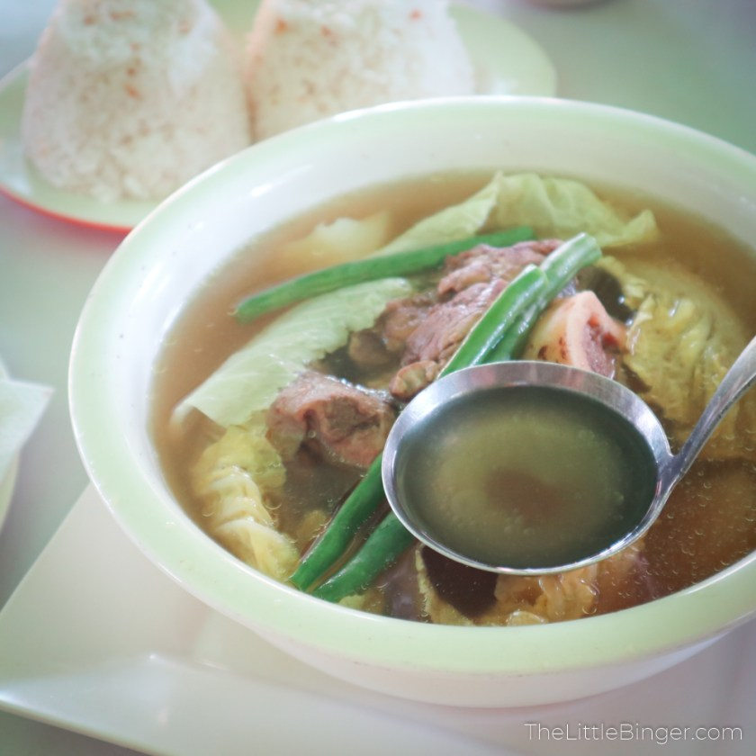 Hot bowl of Bulalo at Mer-Ben Tapsilogan sa Tagaytay | The Little Binger