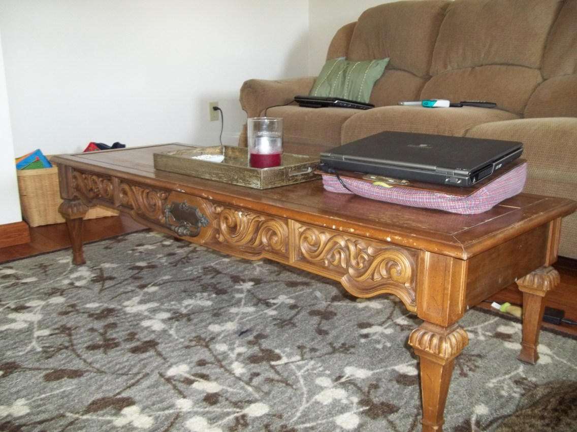 Before and After Coffee Table Refinishing Project @ thelittledabbler (Kitchen Sink Edition)