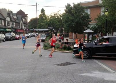 Running thru Swarthmore at around the halfway point