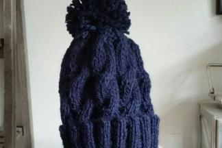 Cable bobble hat knitting kit