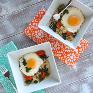 Egg, Kale & Quinoa Breakfast Bowl