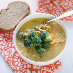 SKINNY Broccoli Cheddar Soup!