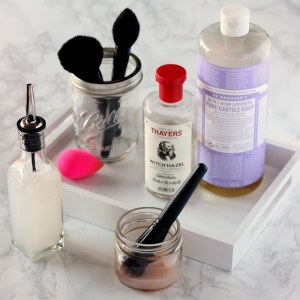 All-Natural Make Up Brush Cleaner
