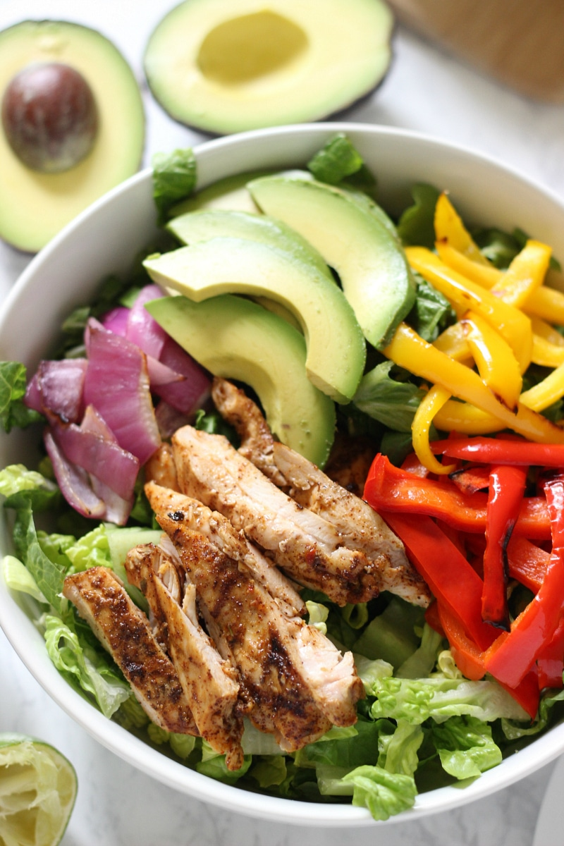 Healthy Chicken Fajita Salad