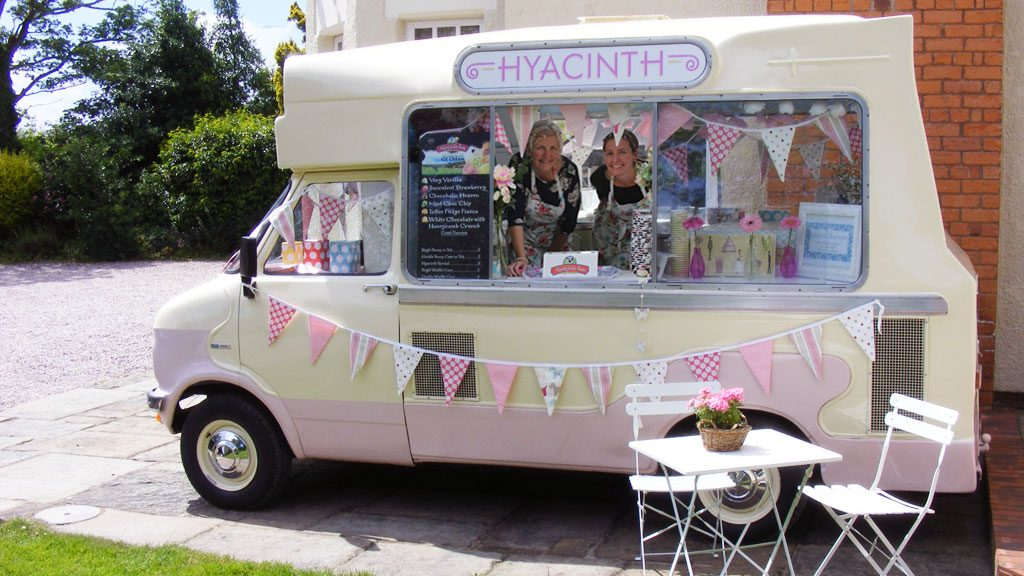 http://www.hyacinthicecreamvan.co.uk