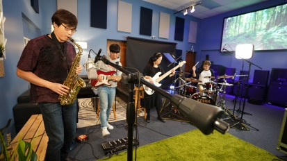 [VIDEO] Cross Wave Band M/V Production @ Living Sound Studio