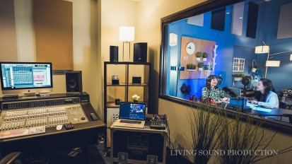 [VIDEO] Christian Radio Broadcast @ Living Sound Studio