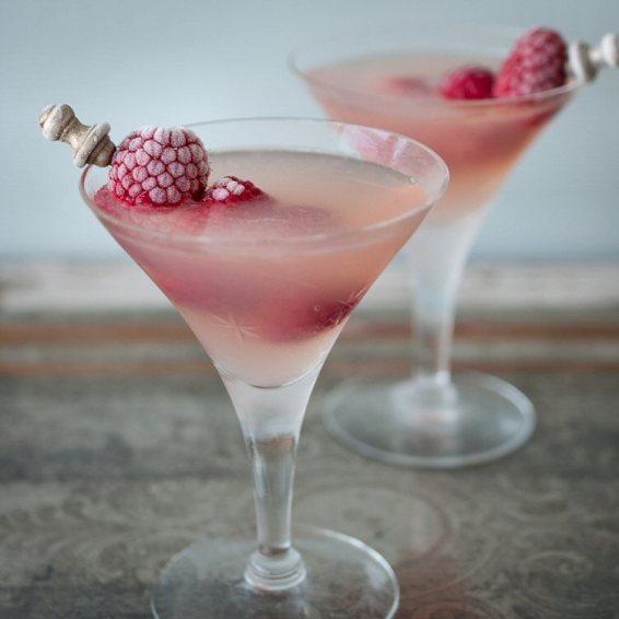 Raspberry-Lemon-Drop-Martini-blue-tweaked1