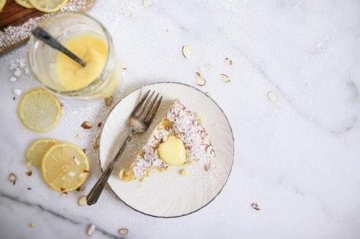 almond-lemon-curd-cake