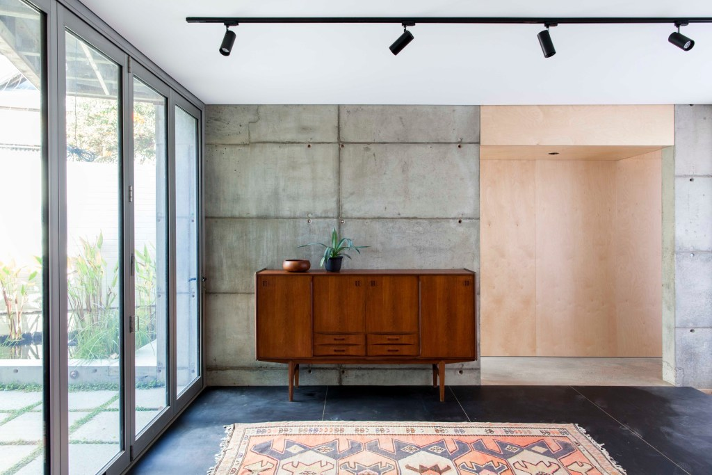 Gallery Of Silver Street House By Ehdo Architecture Local Design And Interiors South Fremantle, Wa Image 2
