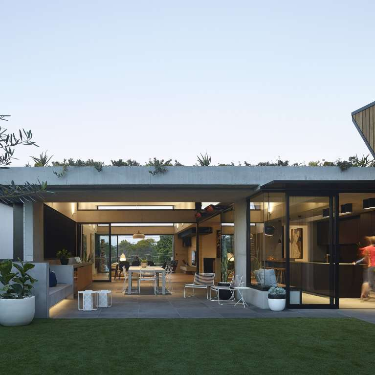 Gallery Of Sorrel Street By Shaun Lockyer Architects Local Australian Design And Interiors Paddington, Qld Image 4 Min