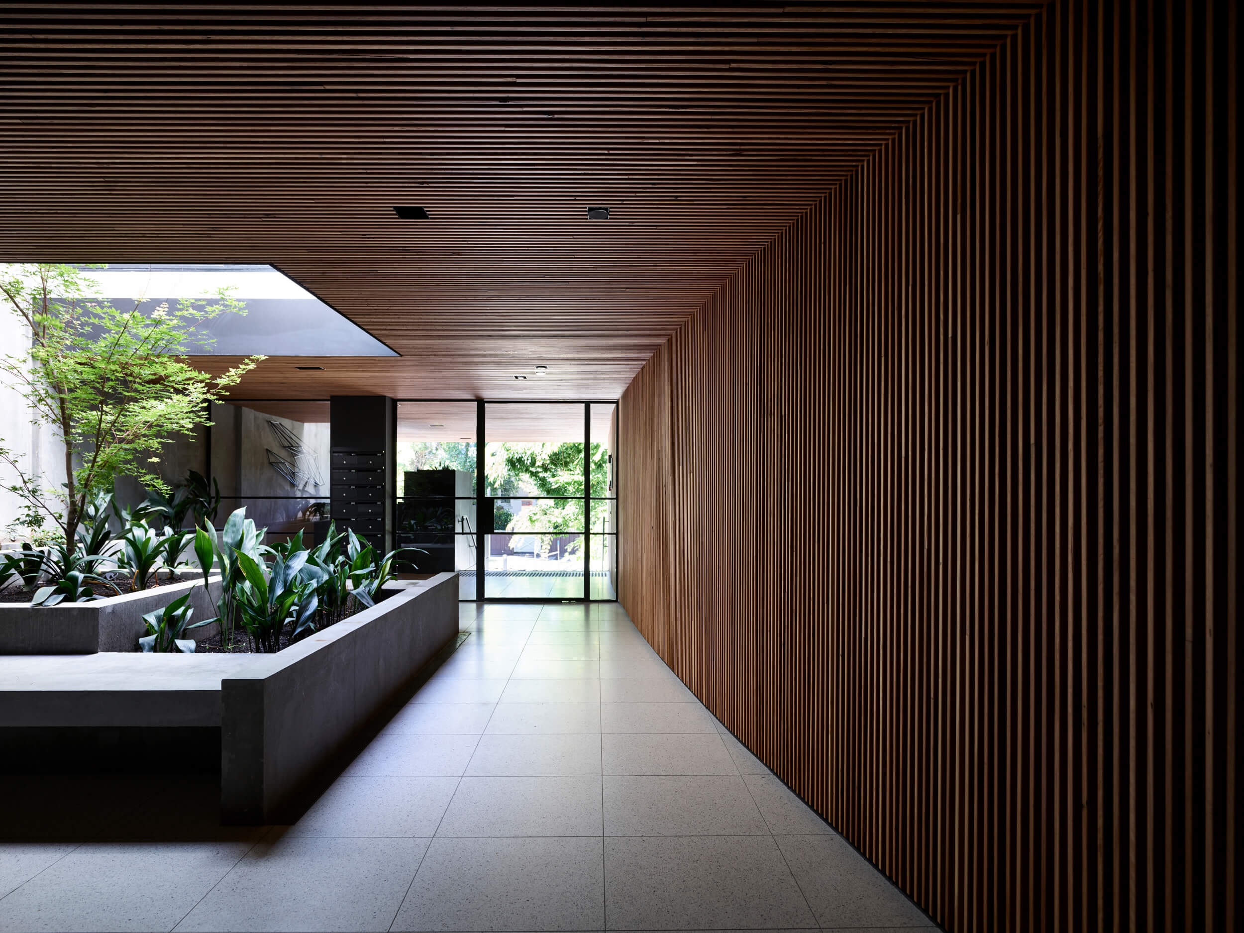 Holly Penthouse By Tom Robertson Architects Project Feature Melbourne, Australia Local Australian Design & Architectureholly R V Derek044