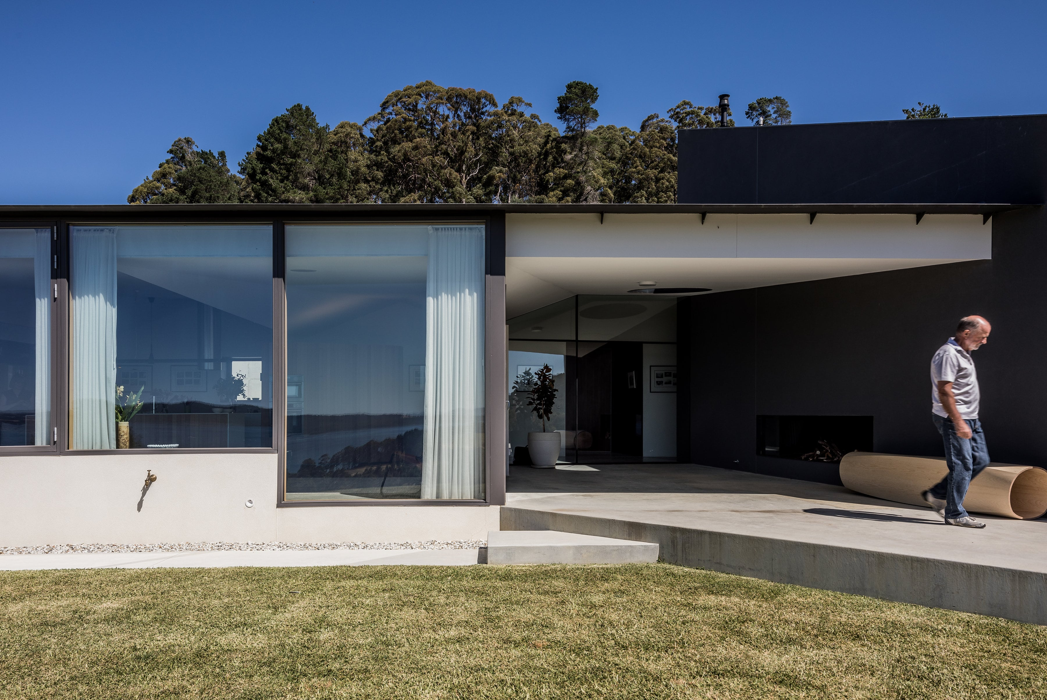 Designed As A Green Change Relocation For The Client (from Sydney), Sunnybanks House Delivers More Than The