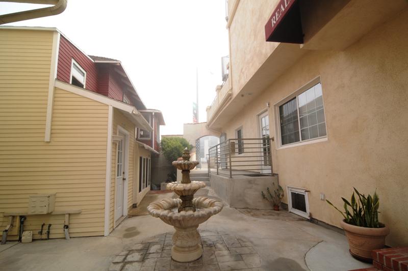 Pier Ave. Apartments