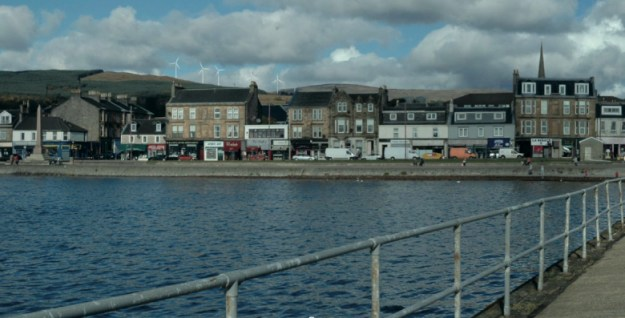 An impression of how the turbines would appear from Helensburgh pier
