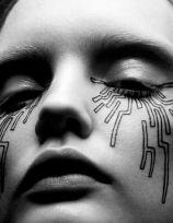 geomtetric makeup