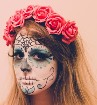 DIY-Day-of-the-Dead-Makeup