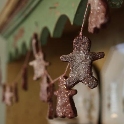 gingerbread-ornaments