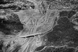 I405-mulholland_dr_bridge_wide-view