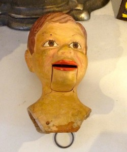 Puppet head (photo by Nikki Kreuzer)