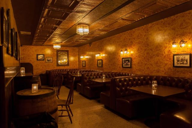 Townhouse Saloon Bar. Photo Courtesy of Noise NY