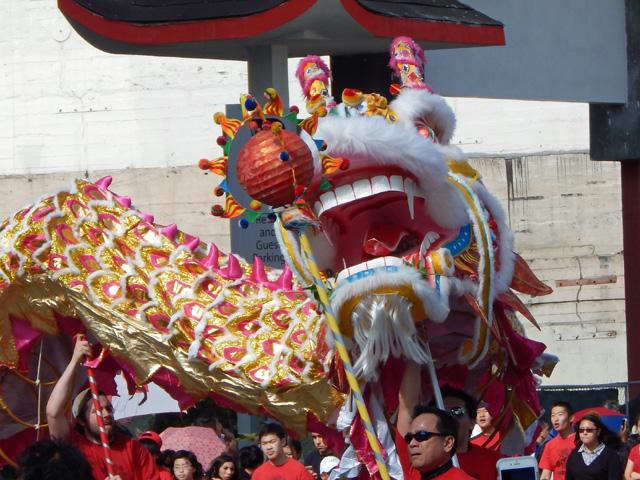 golden dragon parade 150221d
