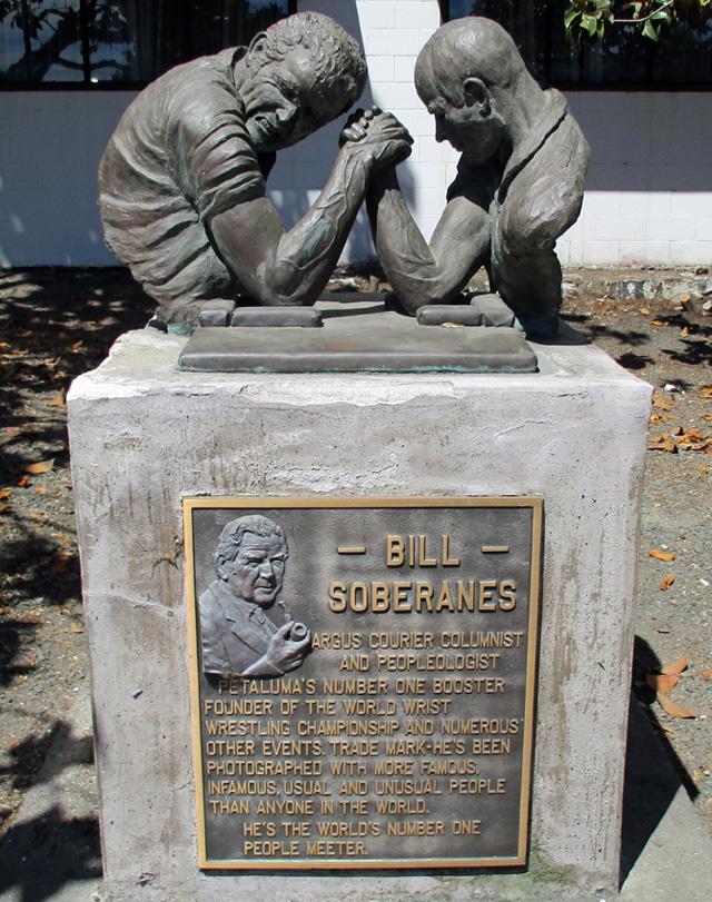 bill_soberanes_monument_in_petaluma_160829