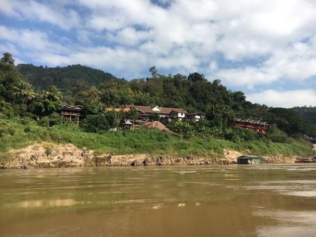 Leaving Pakbeng