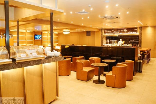 plaza premium lounge cebu-12