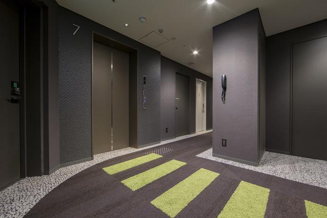 Osaka Elevator Hall
