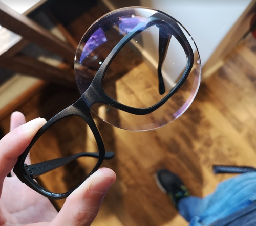 Semi finished lens compared to glasses frames