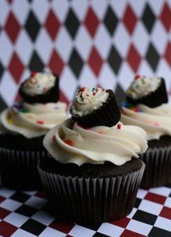 chocolate-cupcake-delicious-food-redundant-sweet-Favim.com-71248_large