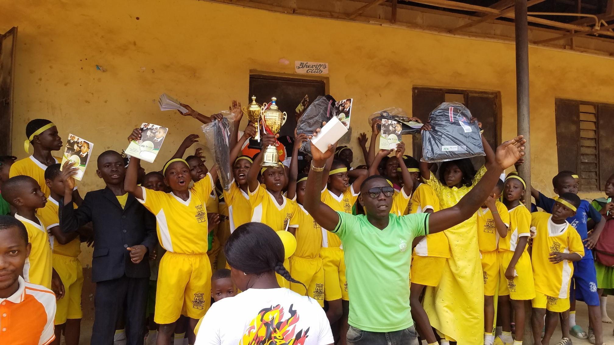Celebrating Lotus House at Shasha Community Nur/Pry Inter-house Sports.