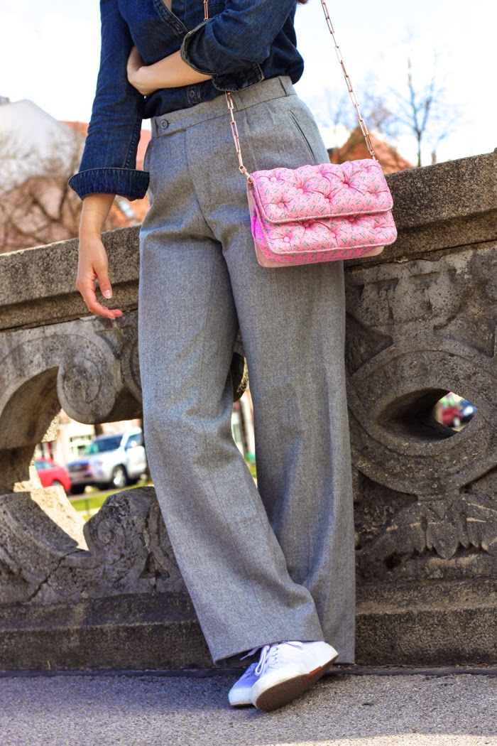 Casual-Denim-Fashionblogger-Streetstyle-Springlook-2015-Munich-Flared-Pants-New-Post-Germany-Lookbook_4