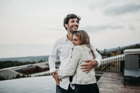 How to Let Go of the Past and Embrace Change in a Relationship