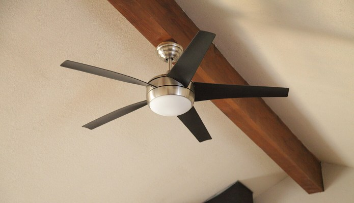 Modern Living Room Fan #thelovelygeek