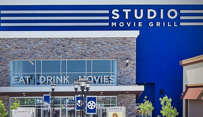 Studio Movie Grill Rocklin CA