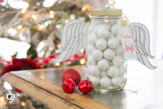 cute-mason-jar-gift-idea