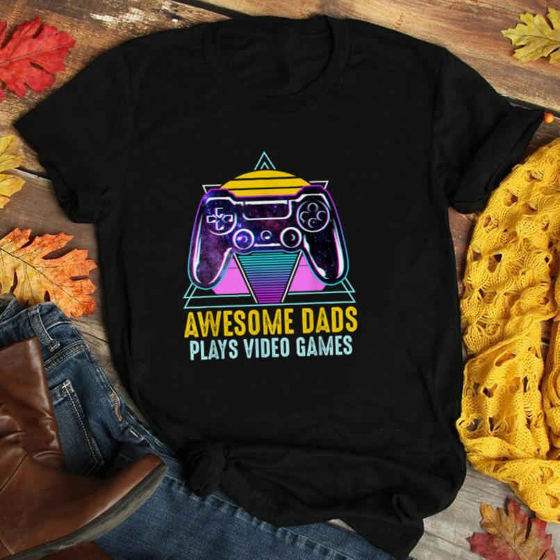 Awesome Dads Plays Video Games Retro Gaming Funny Gamer T Shirt